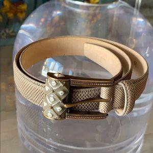Snake skin women's belts in size M by Carlisle